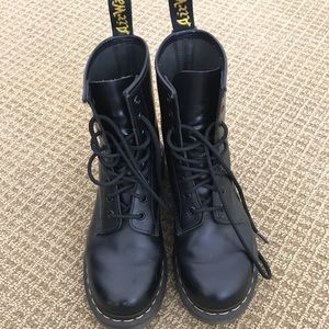 Dr martens boot size 8